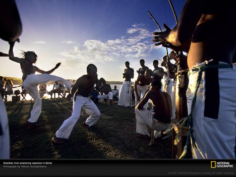 brazil_capoeira-dancers