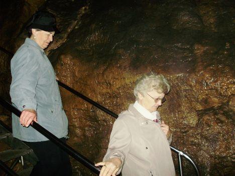 Ismerkedés a Pálvölgyi Barlang kincseivel. 25
