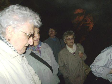 Ismerkedés a Pálvölgyi Barlang kincseivel. 33
