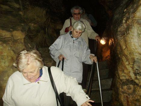Ismerkedés a Pálvölgyi Barlang kincseivel. 44