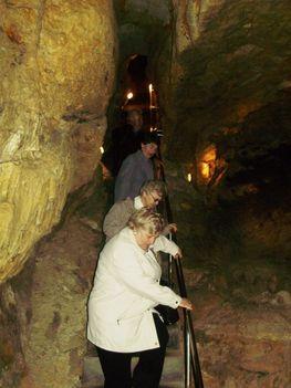 Ismerkedés a Pálvölgyi Barlang kincseivel. 64
