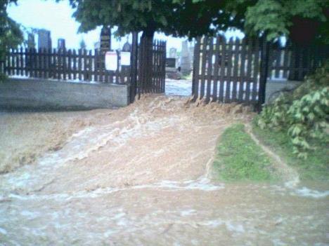 Pereszteg temető eső után 2008 06 30