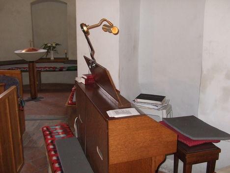 Rábaszentmiklósi Szent Miklós Körtemplom orgonája