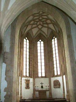 5 Kápolna belülről