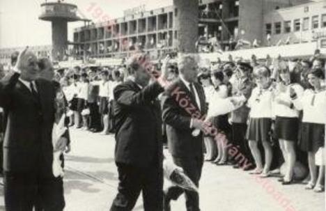 Ferihegy 1 Kádár és a delegációja megérkezett