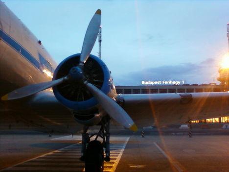 Li-2 repülő