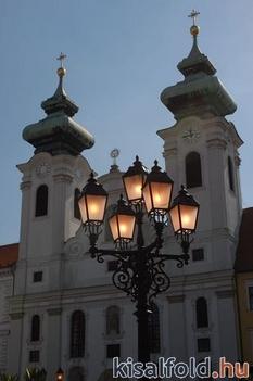 Széchenyi tér 1