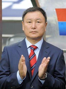 Huh Jung-Moo, a dél-koreaiak vezetőedzője