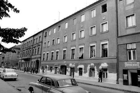 Szeged - Bartók Béla tér 3. - 4