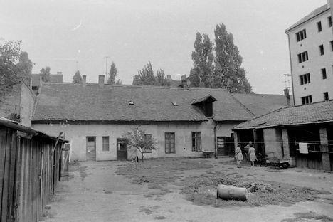 Szeged - Mikszáth Kálmán utca 5
