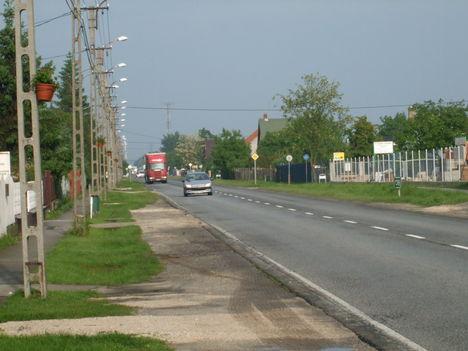 1-es főút Gönyű, 2010.05.21. 07:00 1