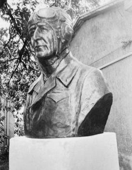 Almásy László -sivatagkutató, a Líbiai-sivatag feltárója, a Zarzura oázis felfedezője