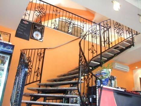 lépcsőfelj. + korlát