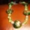 60. Zöld virágos, fóliás lámpagyöngy nyaklánc
