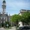 Győr Városháza a vasútállomásról nézve