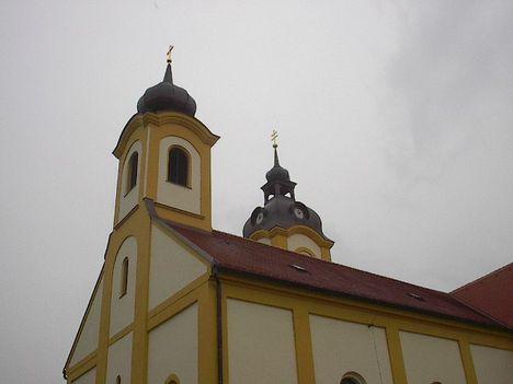 A templom a felújítás után 2002-ben