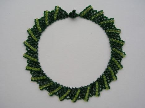 Ukrán zöld-zöld üveg