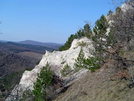 Nagyszénás Ördögororm szikla