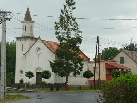 Otthon ...Evangélikus Templom...