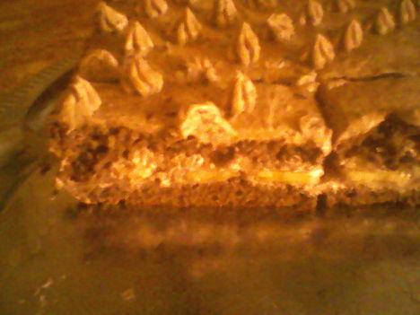 Csokis banános torta