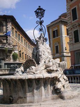 Pza.Ripetta - Fontana Navigatore