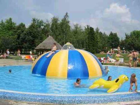 Bogács strand gyermek medence