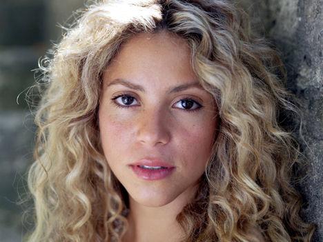 Shakira Mebarak (93)