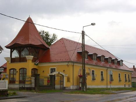 Magyar Műhely Általános Művelődési Központ