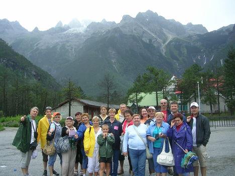 Kína Tiens 5 Himalája lábánál