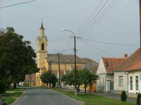 A római katolikus (Szent István-templom)