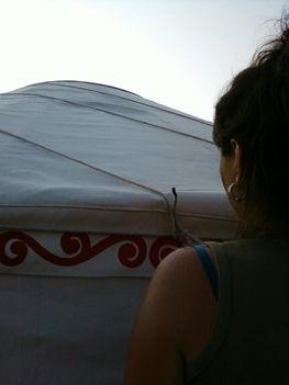 a tetőponyva rögzítése