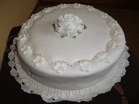 Marcipános torta