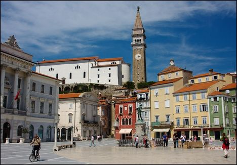 Piran, Piazza Tartini