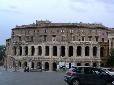 Rómában 15