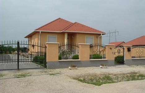 Új házak I.