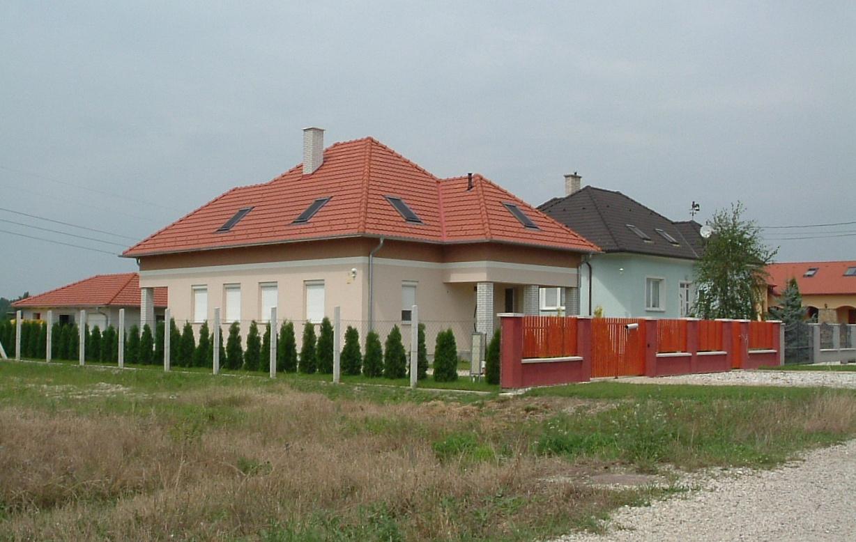 Győrújfalu: Új házak II. (kép)