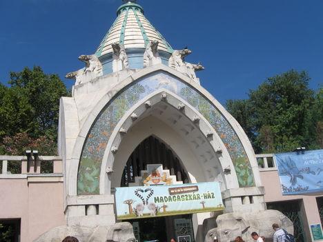 Az Állatkert bejárata