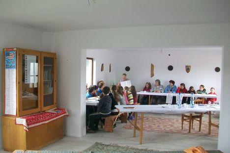 Angol tanulás a Jhon és Betsay szobájában Jobbágyfalván
