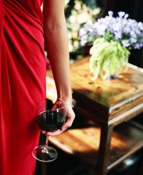 nő és bor 2