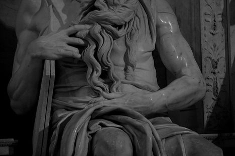 Moses by Michelangelo 4