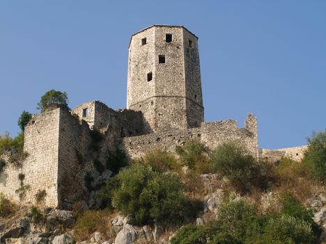 Pocitelj, Kula középkori vár