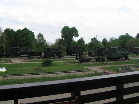 Nagycenki kismozdonyok, vasúti kocsik