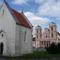 Az Erentrudis kápolna és mai templom