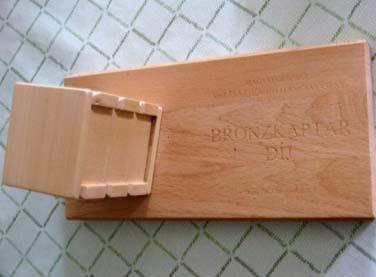 bronzkaptár díj - 2003
