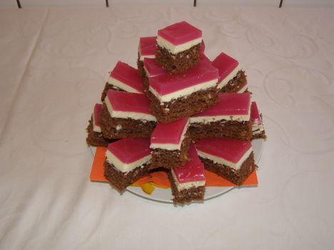 Tehéntúrós süti