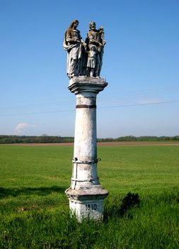 Szentcsalád szobor (anno 1876)Barbacs határában