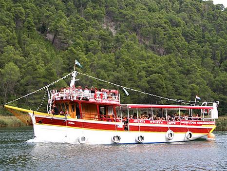 Hajóval az adriai szigetvilágban