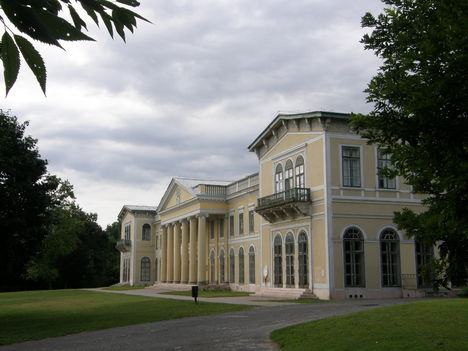 Károlyi kastély, Fót