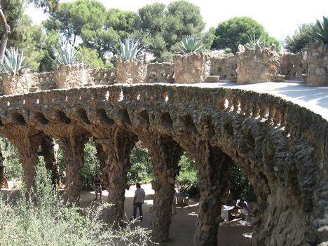 Gaudi 16