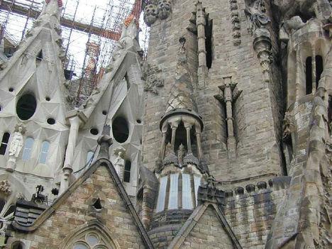 Gaudi 24